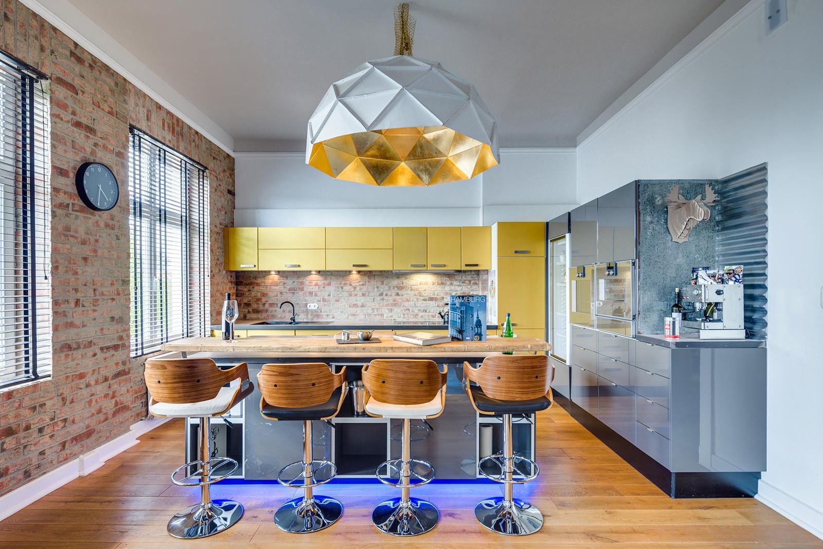 Творческий стиль на кухне лофт